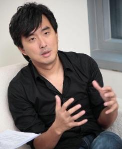 director(網路)-small